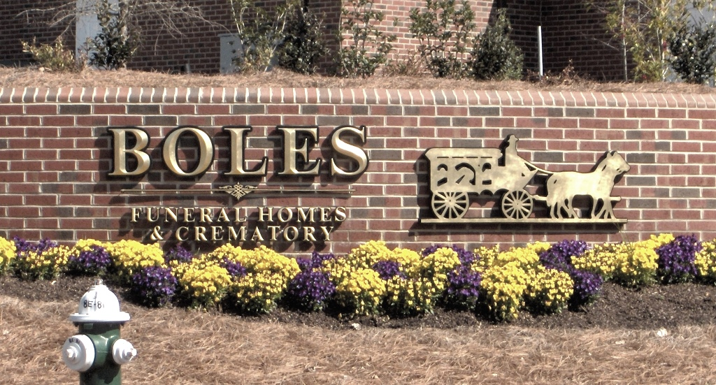boles  funeral homes prismatic 23kt gold leaf custom letters classic signs nc 1024x768