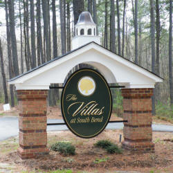 villas apartment sign appliqued prismatic letters on hdu background with gold leaf from classic signs nc 250x250