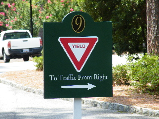 yield no9 post and panel hdu classic signs nc320x240