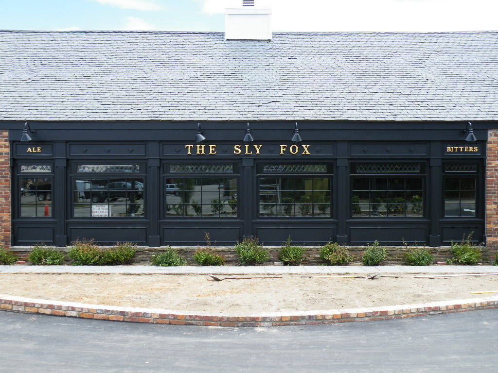 sly fox english pub formed letters with 23kt gold classic signs nc front 1024x768