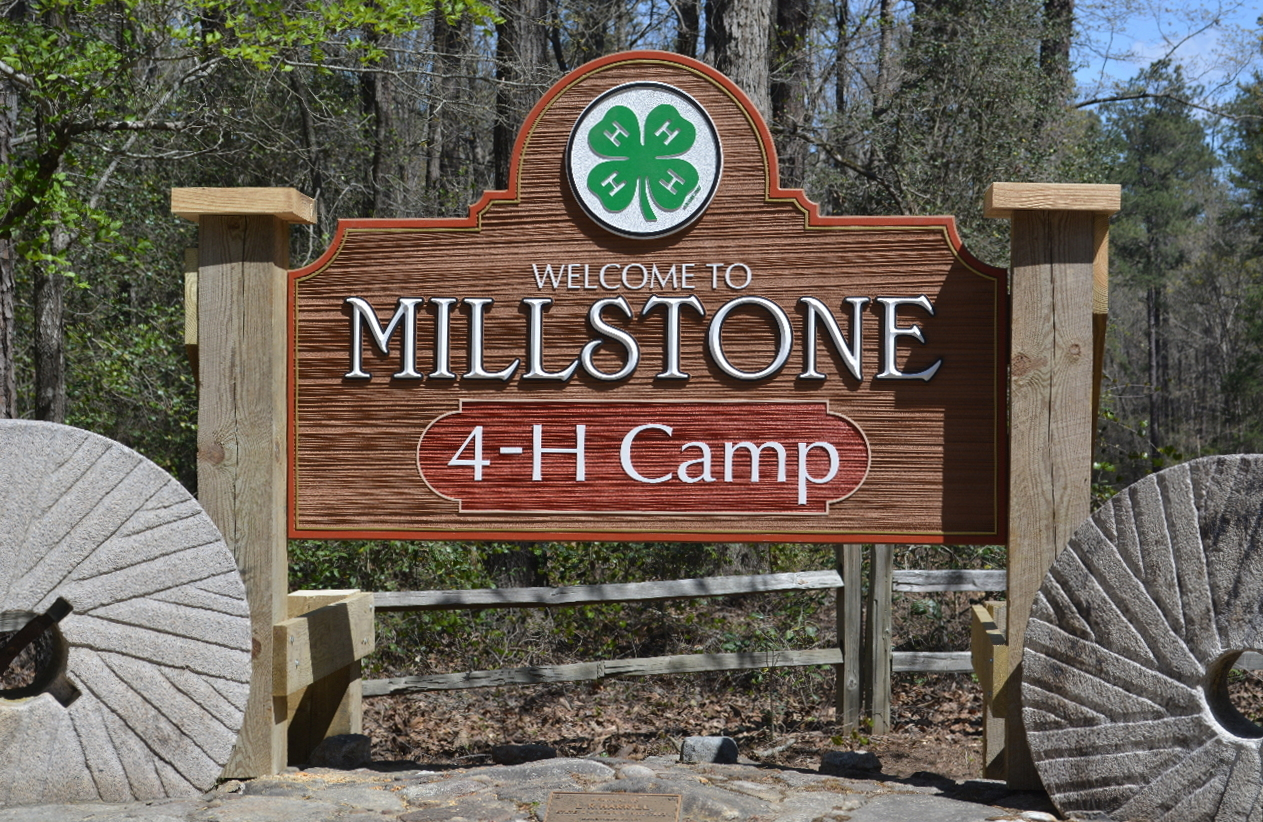 camp ground entrance sign sandblasted hdu woodgrain effect prismatic letters classic signs nc1280x1024